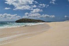 Línea de la playa de la isla del gato Imagenes de archivo