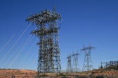 Líneas de transmisión eléctricas Imagen de archivo libre de regalías