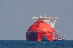 LNG holowniki I tankowiec fotografia stock