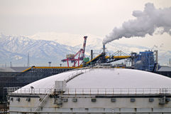 LNG reserLNG reservoir air pollutions stock photography