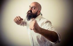 Lång skägg för ilsken kämpe och mustaschman Royaltyfri Foto
