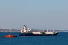 Lngskepp i havet Royaltyfria Foton