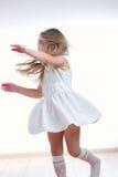 långt barn för härligt flickahår Arkivfoton