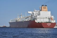 LNGtanker Al Gharrafa bij LNGterminal in Cie van ÅšwinoujÅ› Royalty-vrije Stock Afbeelding