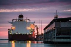 LNGtankfartyg royaltyfria foton