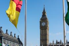 伦敦- 3月13 :大本钟看法横跨议会正方形的在Lo 图库摄影