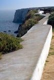A lo largo de la pared de la fortaleza Fotografía de archivo
