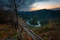 A lo largo del río de Arda, Rhodopes del este, Bulgaria Fotos de archivo libres de regalías