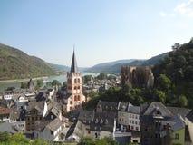A lo largo del Rhin, Bacharach& x27; pueblo de s Imágenes de archivo libres de regalías