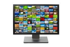 Lo schermo moderno dell'affissione a cristalli liquidi HDTV ha isolato Fotografia Stock Libera da Diritti