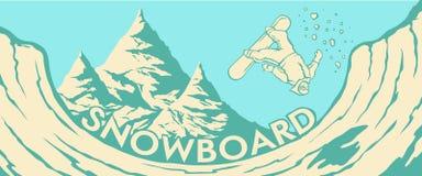 lo snowboarder del Halfpipe delle montagne salta Immagini Stock