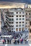 Lo Spagnolo fa un passo vista aerea, via Condotti e la cupola Tramonto Fotografie Stock Libere da Diritti