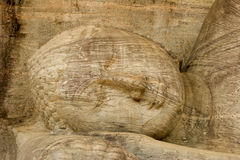 Lo Sri Lanka, Polunarwara, Buddha adagiantesi Fotografia Stock Libera da Diritti