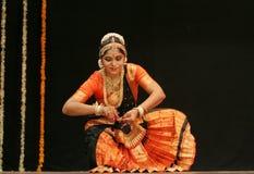 Lo srikanth di Shantha effettua il ballo di Bharatanatyam Fotografia Stock
