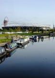 Lo Stadio Olimpico dal fiume Lea, ritratto Immagini Stock Libere da Diritti