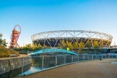 Lo Stadio Olimpico nel parco della regina Elizabeth Olympic a Londra, Regno Unito Fotografia Stock Libera da Diritti