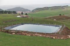 Lo stagno artificiale per agricoltura usando strato di plastica Immagine Stock Libera da Diritti