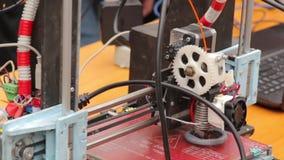 Lo strumento elettronico DIY stock footage