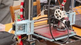 Lo strumento elettronico DIY video d archivio