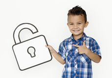 Lo studente Boy Holding Paper sblocca l'icona fotografia stock libera da diritti