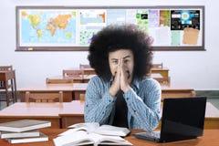 Lo studente di afro sembra depresso Immagini Stock Libere da Diritti