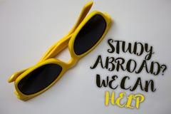 Lo studio del testo di scrittura di parola all'estero ci interroga può aiutare Il concetto di affari per andare oltremare termina fotografia stock