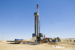 Loaded drilling rig on a desert Stock Photography
