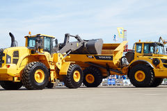 Loader and articulated hauler VOLVO. MOSCOW - MAY 29: Loader and articulated hauler VOLVO at 13th International Specialized Exhibition of Construction Equipment Royalty Free Stock Photography