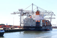 Free Loading A Vessel In Rotterdam Port, The Netherlands Stock Photo - 43662920