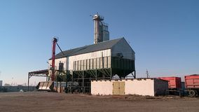 Loading grain into storage