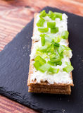 Loafs pequenos com queijo e cebolas Fotografia de Stock