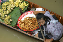 Loating Market in Damnoen Saduak, Thailand Royalty Free Stock Photography