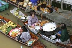 Loating Market in Damnoen Saduak, Thailand Stock Photo