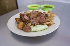 Lobak酥脆油煎的皮肤豆腐用肉在槟榔岛 免版税库存照片
