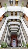 Lobby der Büromitte, Patio Lizenzfreie Stockfotos