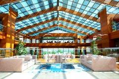 Lobbydekoration im Luxushotel Lizenzfreies Stockfoto