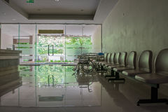 Lobbyrum i sjukhuset arkivfoto
