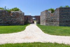 Local arqueológico romano, Gamzigrad imagens de stock royalty free