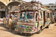 Local bus des Pakistaners lizenzfreie stockbilder