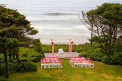 Local de encontro litoral do casamento imagem de stock royalty free