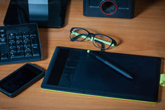 Local de trabalho com caderno, Fotografia de Stock Royalty Free
