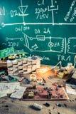 Local de trabalho da eletrônica no laboratório da escola Imagem de Stock