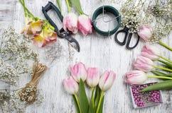 Local de trabalho do florista imagem de stock royalty free