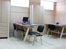 Local de trabalho do gerente no escritório moderno Imagens de Stock