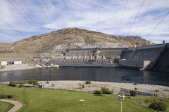 Local hidroelétrico da represa grande de Coulee, o Rio Columbia, Washington Fotografia de Stock