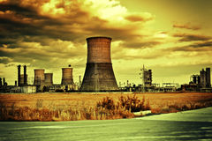 Local industrial e paisagem nebulosa Imagem de Stock