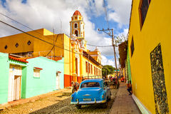Local people and colorful houses in the colonial town of Trinidad, Cuba Stock Photography