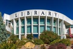 Locali della biblioteca pubblici fotografie stock libere da diritti