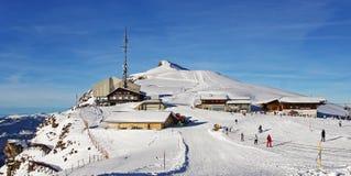 Località di soggiorno di corsa con gli sci di inverno Mannlichen in Svizzera Immagine Stock Libera da Diritti