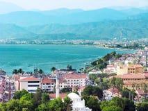 Località di soggiorno di Fethiye nel tacchino del mar Mediterraneo Fotografie Stock Libere da Diritti